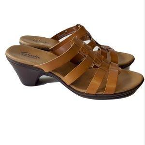 Clarks Bendables Sandals Shoes 8 Tan Leather Heels